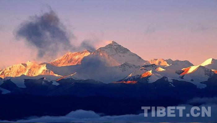 世界第一高峰——珠穆朗玛峰