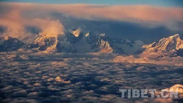 世界上最大的山系——喜马拉雅山