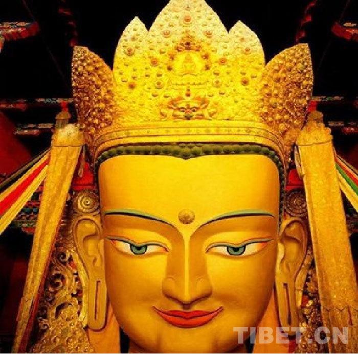 世界上最大的镀金铜佛像——强巴佛